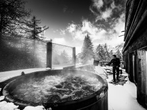 Hot tub, cold day