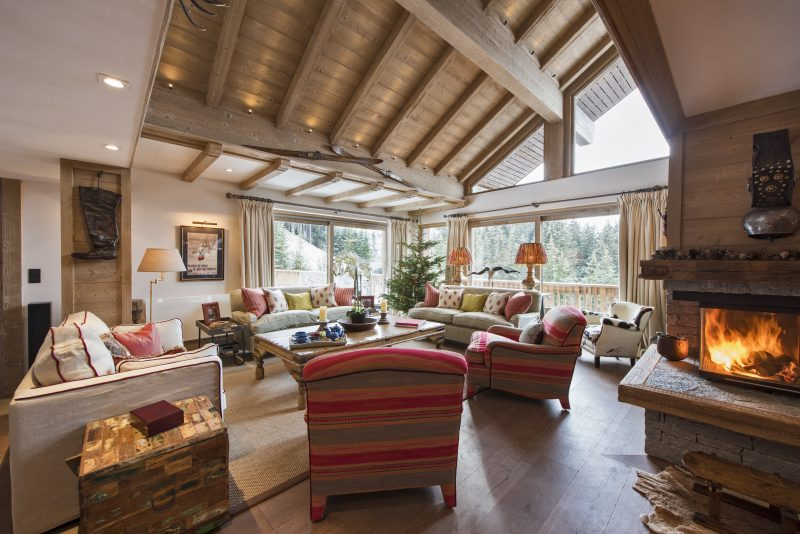 Chalet Valentine has been nominated for France's Best Ski Chalet at the World Ski Awards 2017. Here is the stylishly decorated living area.