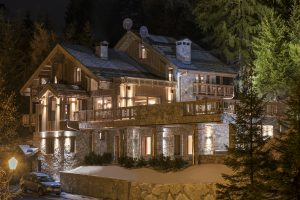 Chalet Valentine has been nominated for Best Ski Chalet in France at the World Ski Awards 2017. Here is the majestic property standing proudly in its Alpine setting.