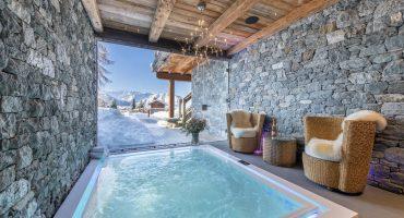 Chalet Marmottiere luxury indoor swimming pool