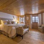Five en-suite bedrooms acomodate up to 12 guests in the luxury resort of Lech.