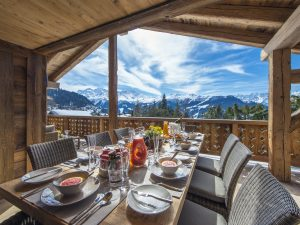 Breakfast table with view of the mountains