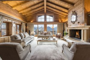 The luxuriously furnished living room of Bella Coola, nominated in the 2017 World Ski Awards as Switzerland's Best Ski Chalet