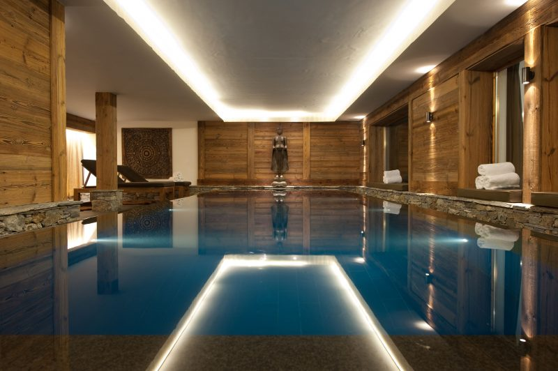 Dent Blanche's swimming pool