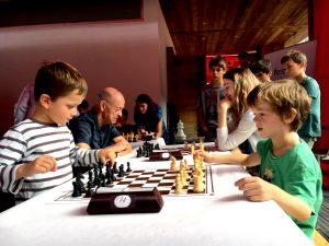 Kids Chess Off
