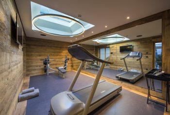Gyms in luxury ski chalets