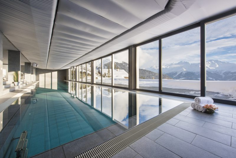 Luxury chalet swimming pool at Chalet Sagarmata