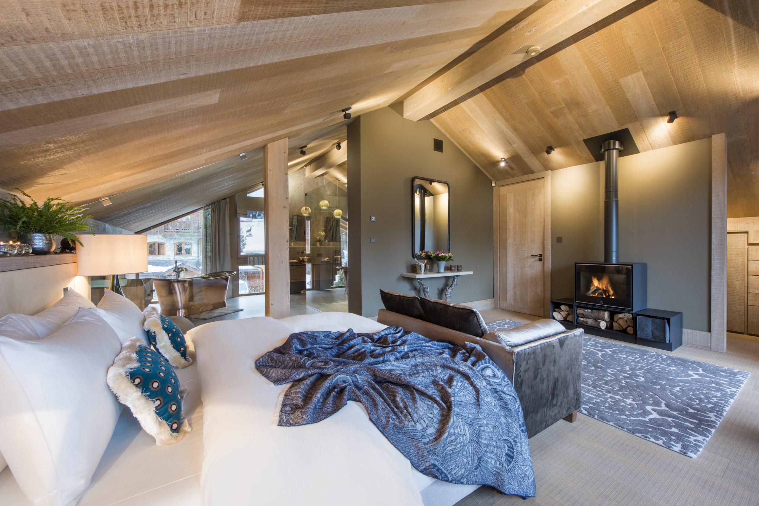 deluxe master bedroom ski chalet alpaca