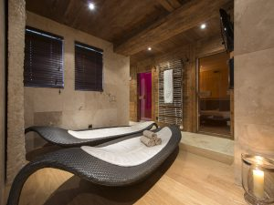 Indoor spa at Corniche
